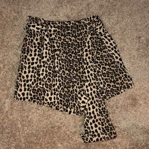 Zara cheetah tie shorts with belt included